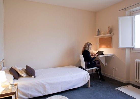 Centro desintoxicación cuarto individual con baño compartido